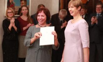 Autor_allikas Siim Lõvi – ERR President andis allkirjastatud teadusleppe üle haridus- ja teadusminister Mailis Repsile